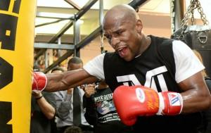 Floyd Mayweather - Un sportiv cunoscut pentru disciplina sa, disciplina ce l-a ajutat sa ramana neinvins in box