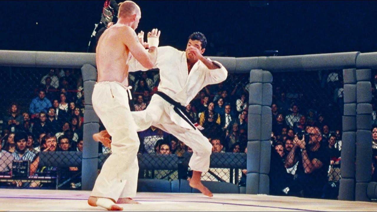 Intra sa vezi intreaga gala UFC 1 din anul 1993 (VIDEO)