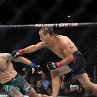Intra sa vezi rezultatele de la UFC Sacramento: Germaine de Randamie vs Aspen Ladd (VIDEO)