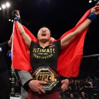 UFC Shenzen ne-a adus primul campion UFC din China! (VIDEO)