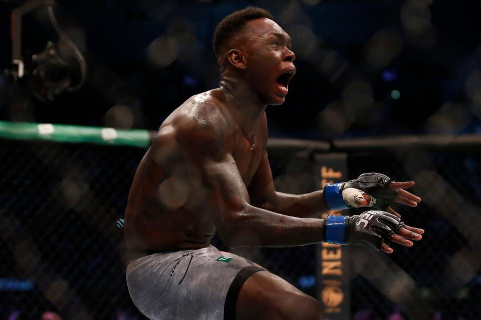VIDEO. Vezi cele mai tari faze de la UFC 243! Israel Adesanya este noul rege la Middleweight!