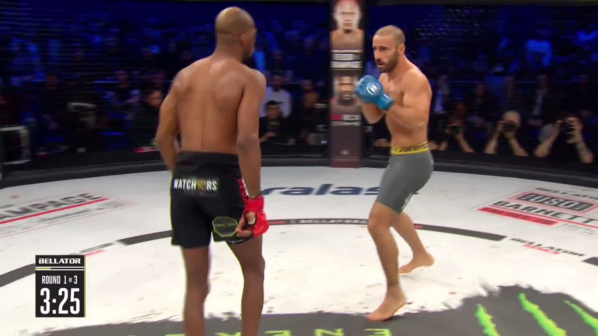 Vezi cele mai tari KO-uri de la Bellator Londra! (VIDEO)