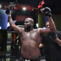 "UFC Vegas 6: Derrick ""The Black Beast"" Lewis face spectacol si vrea sa devina campion la categoria grea!"