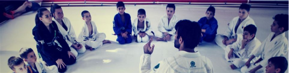 //absoluto.ro/wp-content/uploads/2020/10/bjj-kids.jpg
