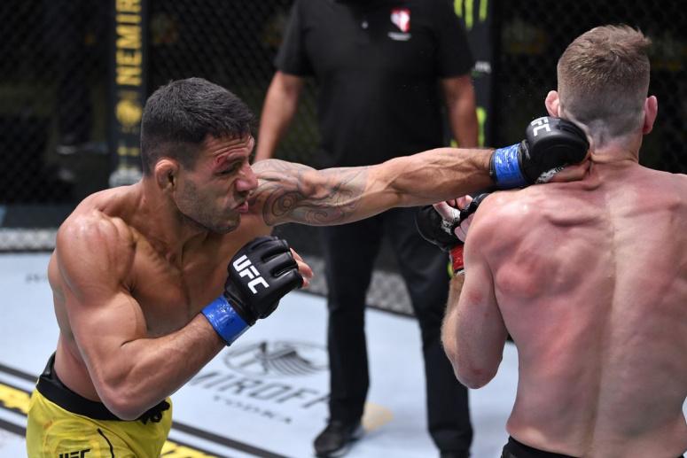 Rezultate UFC Vegas 14: Paul Felder vs Rafael dos Anjos (VIDEO)