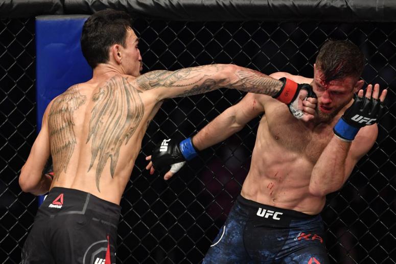 Max Holloway si Calvin Kattar au produs una dintre cele mai memorabile lupte din istoria UFC! Intra sa vezi toate fazele!