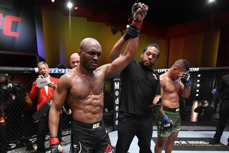 UFC 258: Kamaru Usman l-a invins pe Gilbert Burns si si-a aparat centura de campion! (VIDEO)