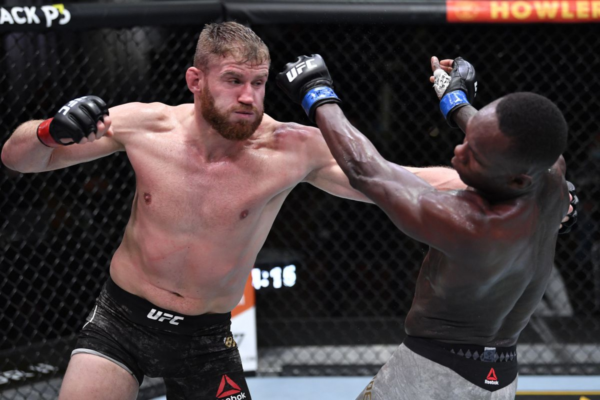 UFC 259: Jan Blachowicz vs Israel Adesanya a produs surprize si controverse (VIDEO)