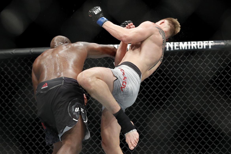 UFC 265: Vezi cele mai spectaculoase faze din carierele lui Derrick Lewis si Cyril Gane (VIDEO)