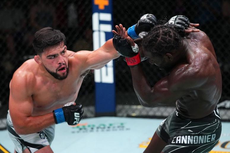 Vezi toate rezultatele de la UFC Vegas 34: Jared Cannonier vs Kelvin Gastelum (VIDEO)